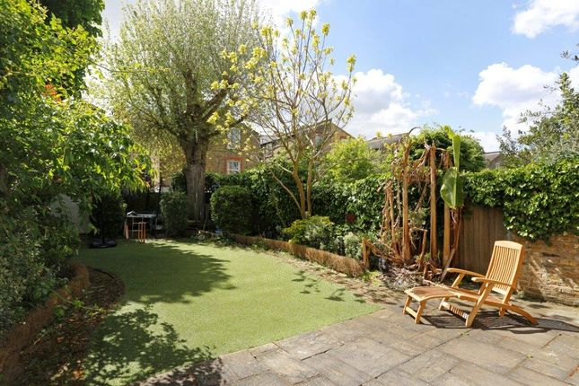 Terraced house for sale in Drakefield Road, London