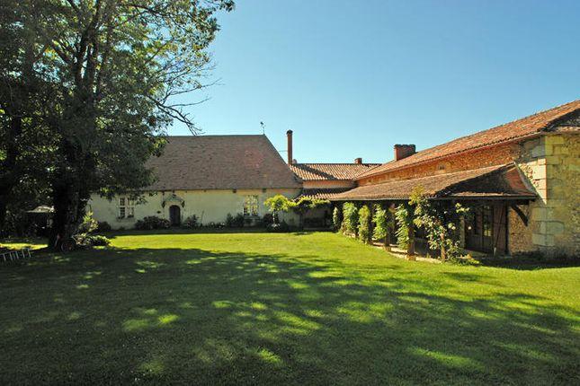 6 bed property for sale in St Astier, Dordogne, France