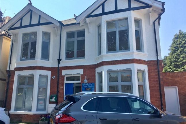 3 bed flat to rent in Charminster Road, Bournemouth