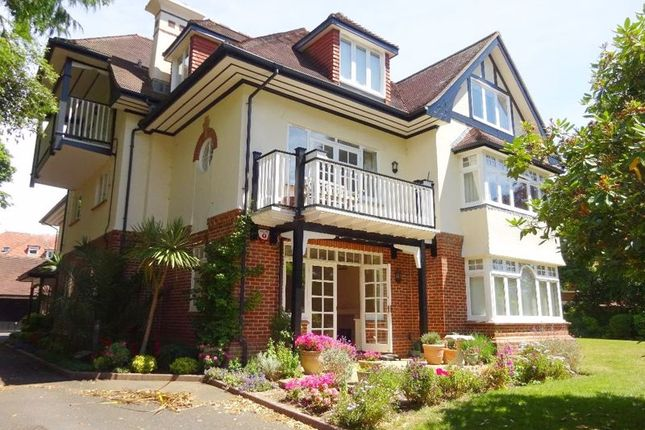 Thumbnail Flat for sale in Ground Floor Apartment. Nightingales, Milner Road, West Overcliff