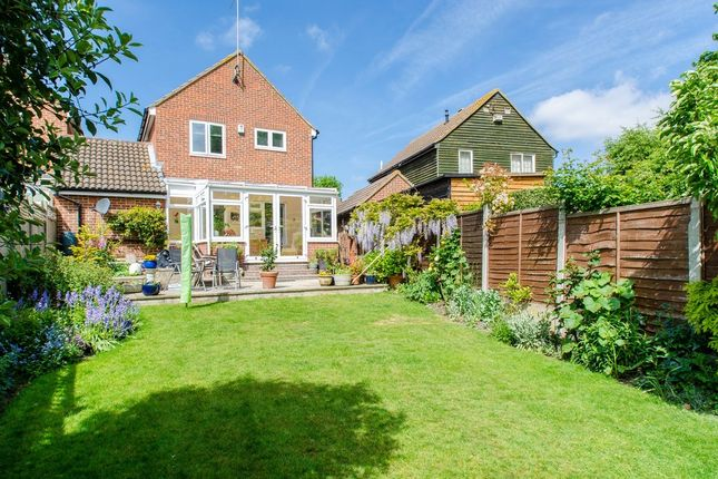 3 bed detached house for sale in The Sandpipers, Gravesend