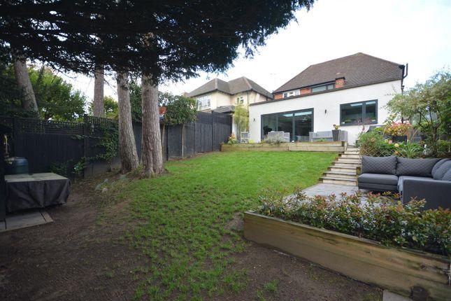 Garden Alt 1 of Pine Hill, Epsom KT18