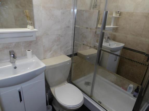 Shower Room of Western Avenue, Rutherglen, Glasgow, South Lanarkshire G73