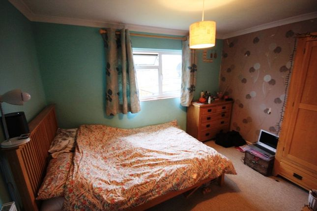 Guest Bedroom of Offenham Road, Evesham WR11