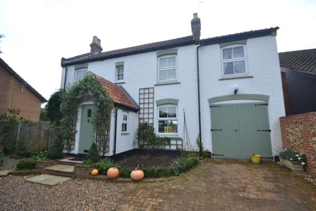 Thumbnail Cottage for sale in Costessey, Norwich