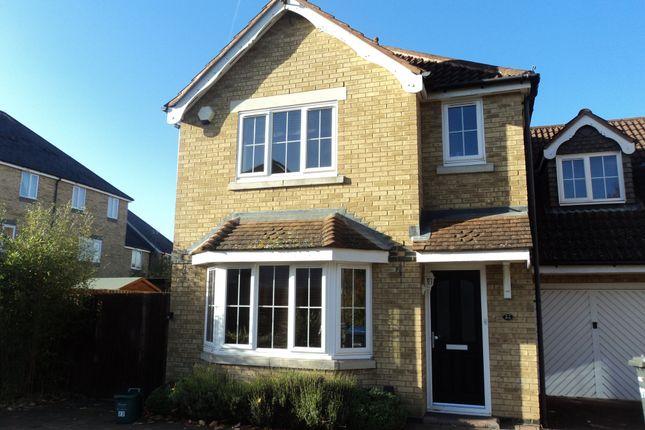 Thumbnail Property to rent in Nightingale Shott, Egham, Surrey