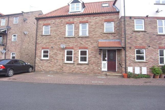 Thumbnail Flat to rent in Waterside, Bondgate, Ripon