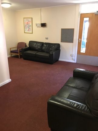 Thumbnail Shared accommodation to rent in Trumpington Road London, Forest Gate