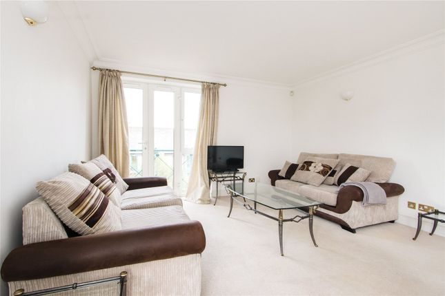 2 bed flat to rent in Walpole House, 126 Westminster Bridge Road, London