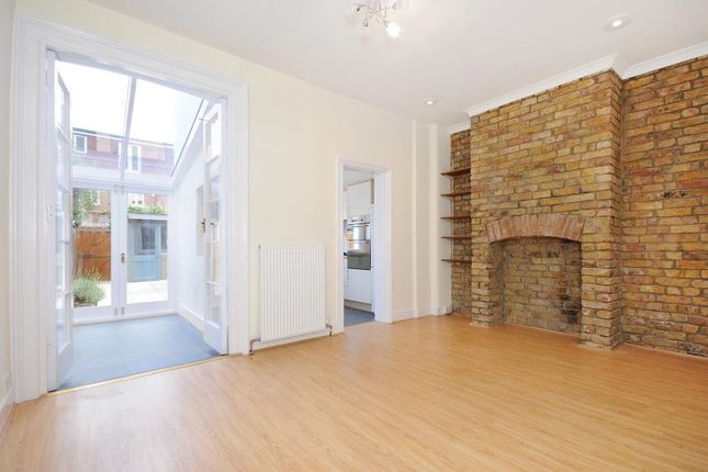 Thumbnail Terraced house to rent in Windermere Road, London