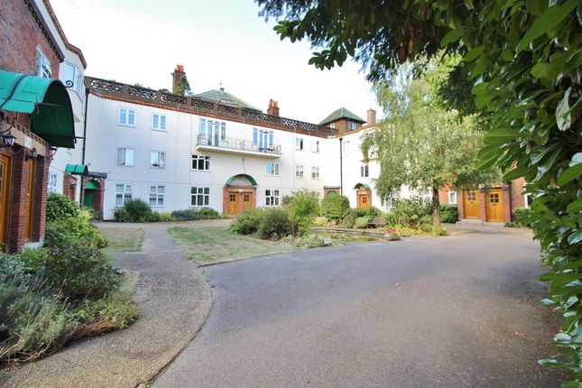 Thumbnail Maisonette for sale in Temple Towers, Richmond Road, Basingstoke