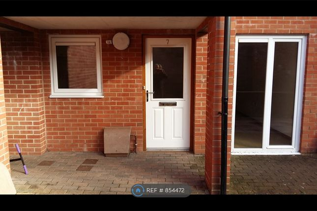Thumbnail Flat to rent in East Street, Crediton