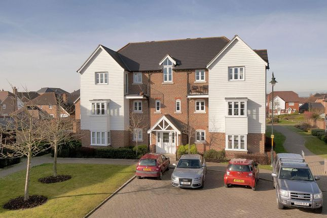 Thumbnail Flat for sale in Amber Lane, Kings Hill