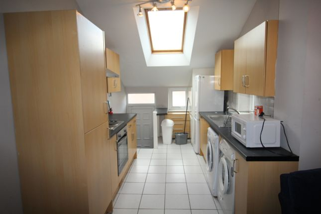 Thumbnail Duplex to rent in Newlands Road, Jesmond