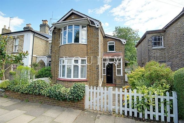 Thumbnail Maisonette for sale in Raleigh Road, Enfield