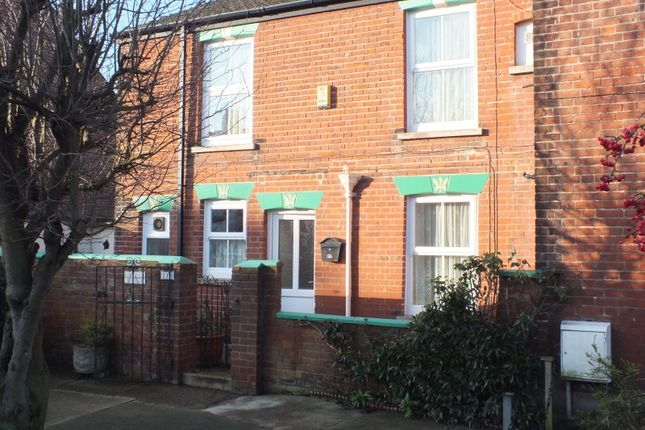 Thumbnail Semi-detached house to rent in Churchill Road, Great Yarmouth