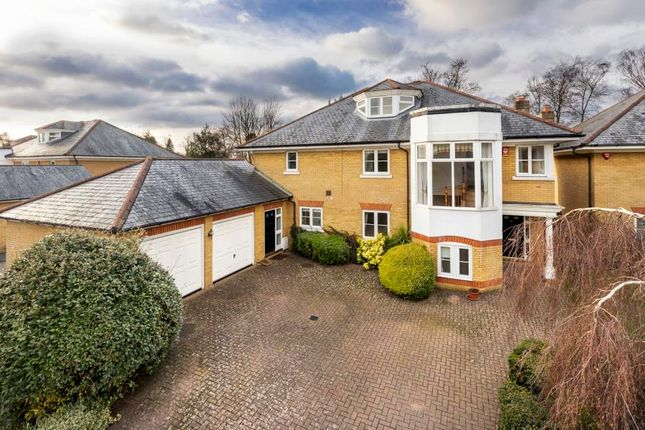 Thumbnail Town house to rent in Englefield Green, Egham, Surrey
