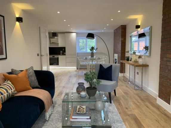 Thumbnail Flat for sale in Portsmouth Road, Milford