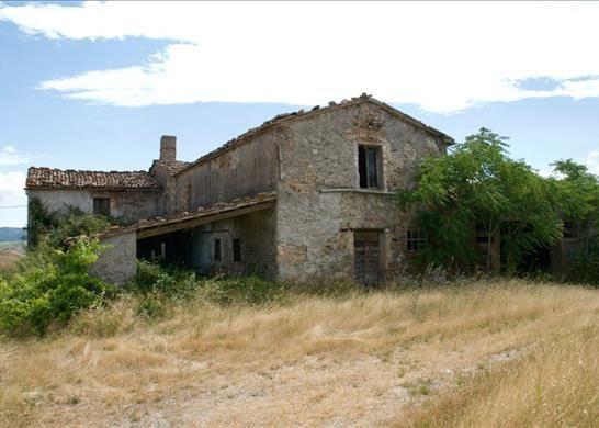 53040 Radicofani Si, Italy