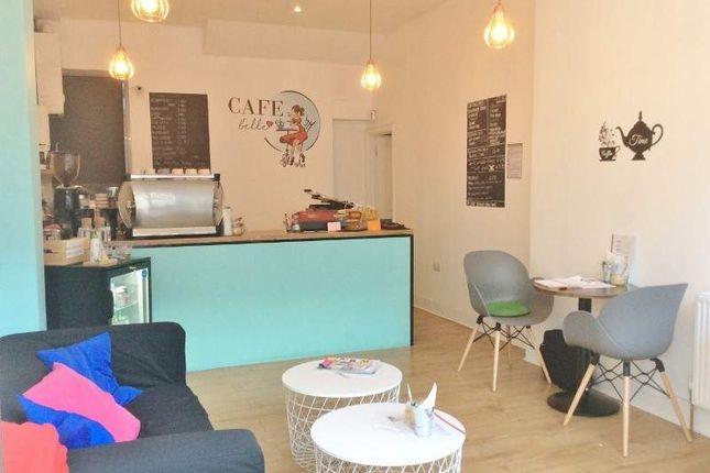 Thumbnail Restaurant/cafe for sale in 207 Garratt Lane, London