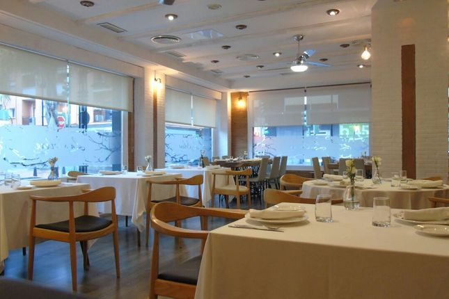 Thumbnail Restaurant/cafe for sale in Well Established Restaurant In The Heart Of Fuengirola!, Spain