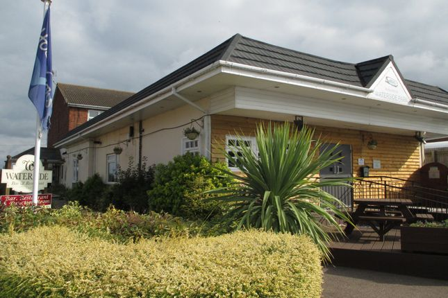 Waterside Holiday Park The Street Corton Nr32 2 Bedroom Terraced Bungalow For Sale 47463375