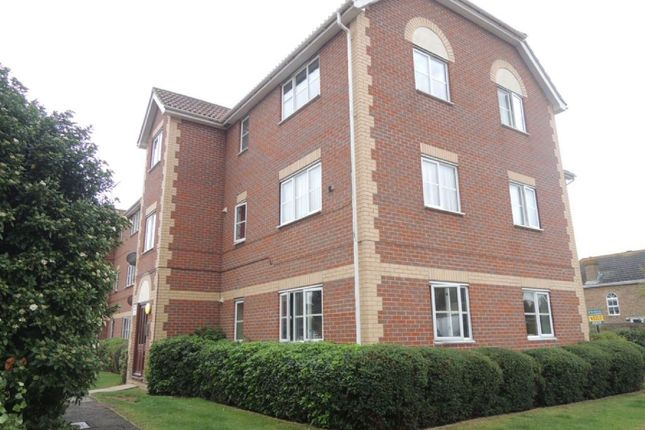 Thumbnail Flat for sale in Weymouth Close, Clacton-On-Sea