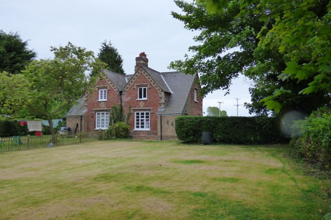 Thumbnail Cottage to rent in Church Lane, Waithe