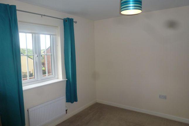 Bedroom 1 of Lonydd Glas, Llanharan, Pontyclun CF72
