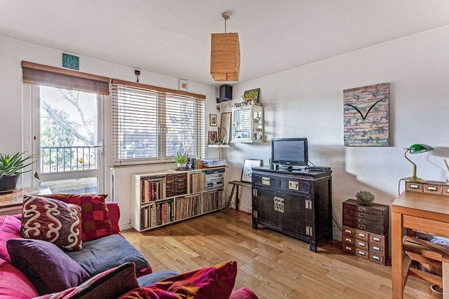 Thumbnail Flat for sale in Montague Square, London