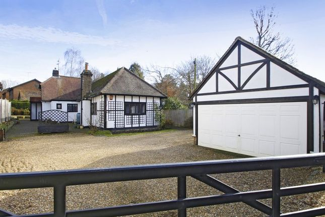 3 bed detached bungalow for sale in Balcombe Road, Worth, Crawley, West Sussex