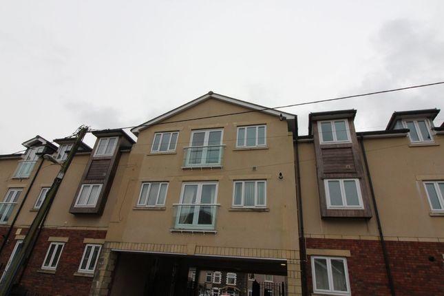 Thumbnail Flat to rent in Ashfield Road, Newbridge, Newport