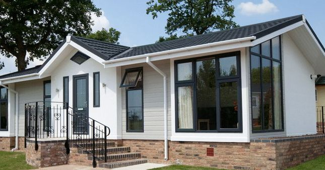 Thumbnail Property for sale in Roof Of The World Mobile Home Park, Boxhill Road, Tadworth