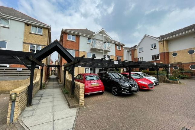 1 bed flat for sale in Highmoor, Maritime Quarter, Swansea SA1