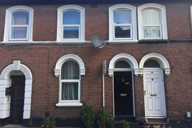 Thumbnail Terraced house to rent in Windsor Street, Luton, Beds