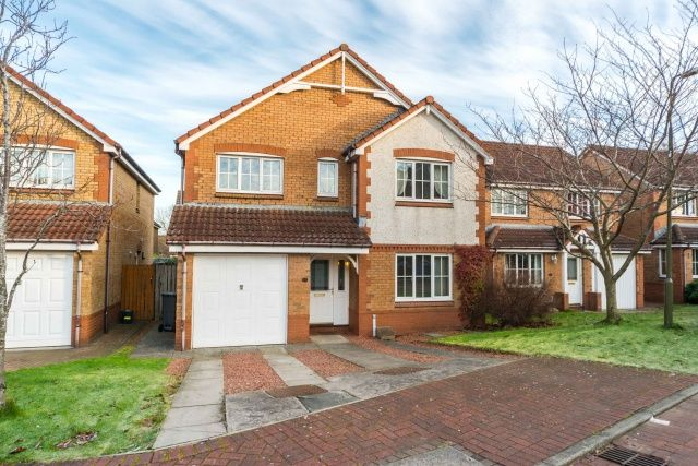 Thumbnail Detached house for sale in Badger Grove, Broxburn, West Lothian