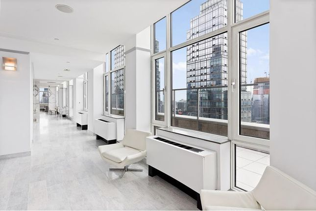 1 bed property for sale in 635 West 42nd Street, New York, New York State, United States Of America