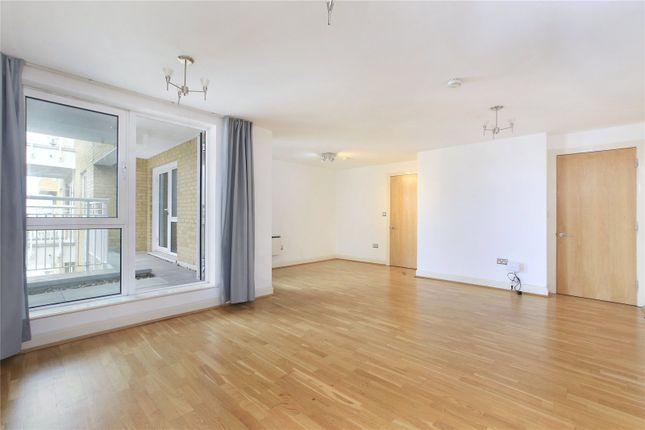 Thumbnail Flat for sale in Oyster Wharf, Lombard Road, Battersea, London
