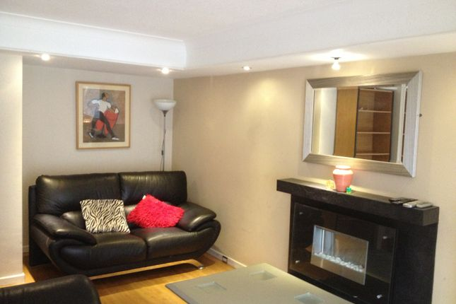 Thumbnail Shared accommodation to rent in Moss House Close, Birmingham