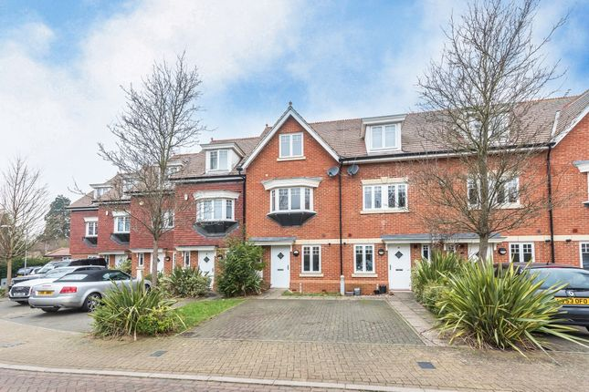 Thumbnail Property to rent in Priory Fields, Watford