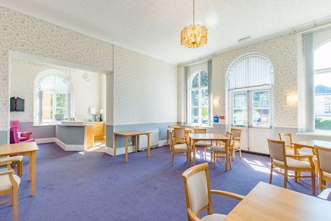 Communal Lounge of St. Helens Road, Swansea SA1