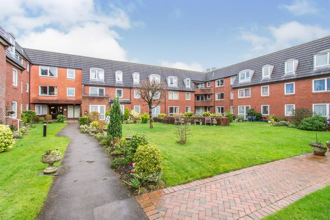 1 bed flat for sale in Ringwood Road, Ferndown BH22