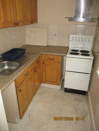 Thumbnail Flat to rent in Chapel Street, Blackpool