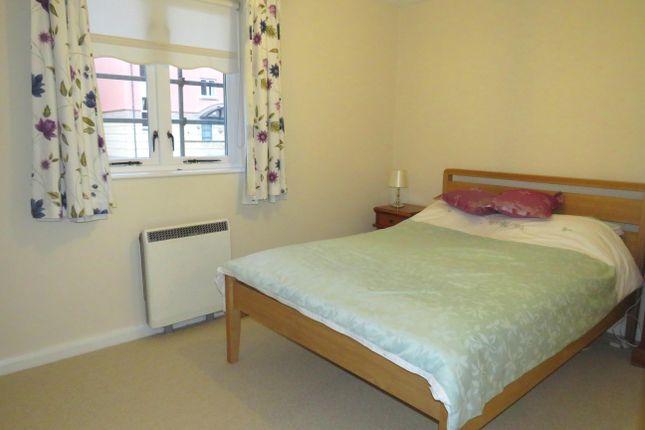 Bedroom 1 of Waterside, St. Thomas, Exeter EX2