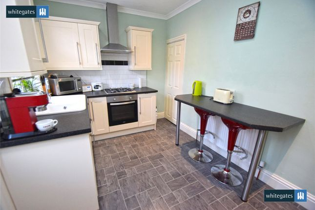 Picture No. 14 of Caister Grove, Keighley, West Yorkshire BD21