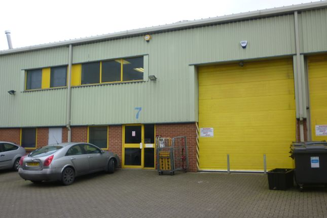 Thumbnail Warehouse to let in Works Road, Letchworth
