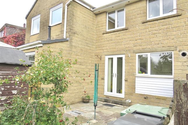 Thumbnail Terraced house to rent in Arndale Grove, Holmfirth