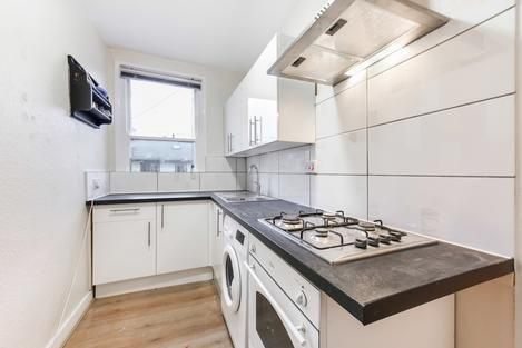 Thumbnail Flat to rent in Arica Road, London