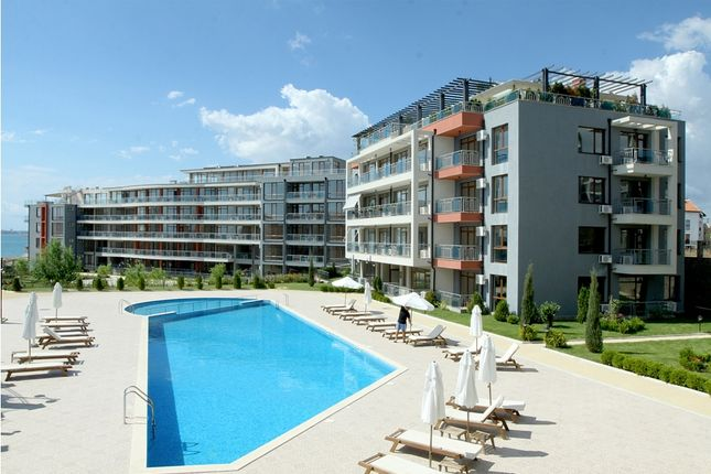 Thumbnail Apartment for sale in Sun Wave, Saint Vlas, Bulgaria