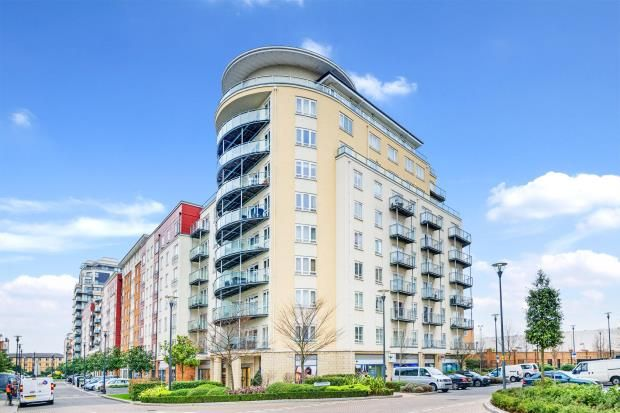 Thumbnail Flat for sale in Boulevard Drive, Colindale, London